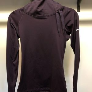Nike high neck compression pull over.